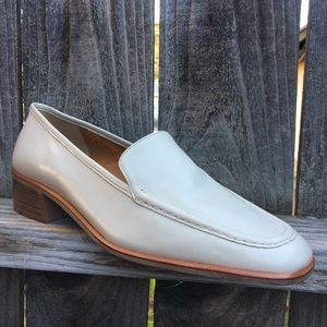 Selby women's leather shoes Sz 10 2A Narrow Brazil